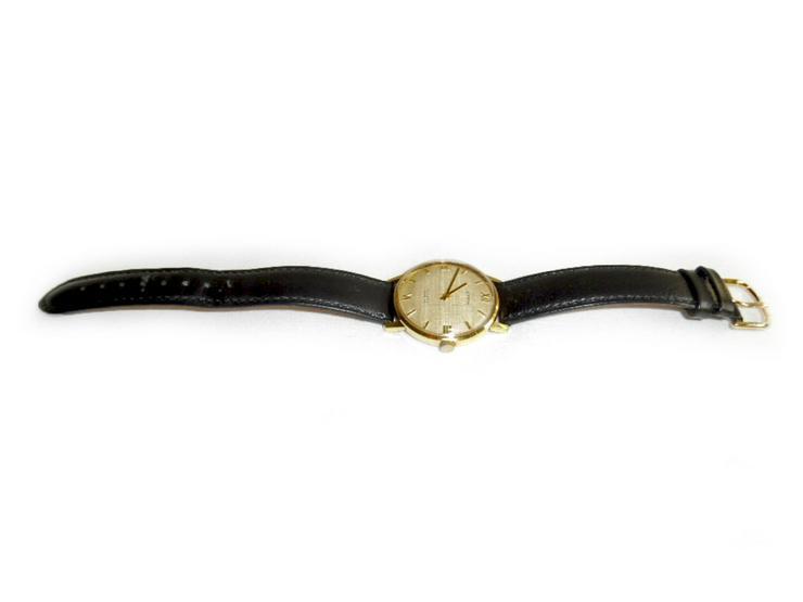 Bild 2: Elegante Armbanduhr von Ultra