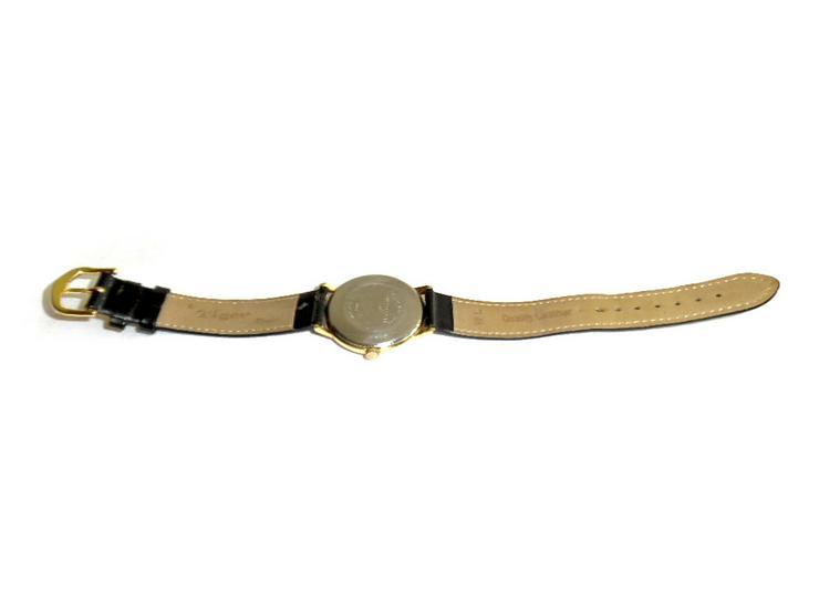 Bild 4: Elegante Armbanduhr von Ultra