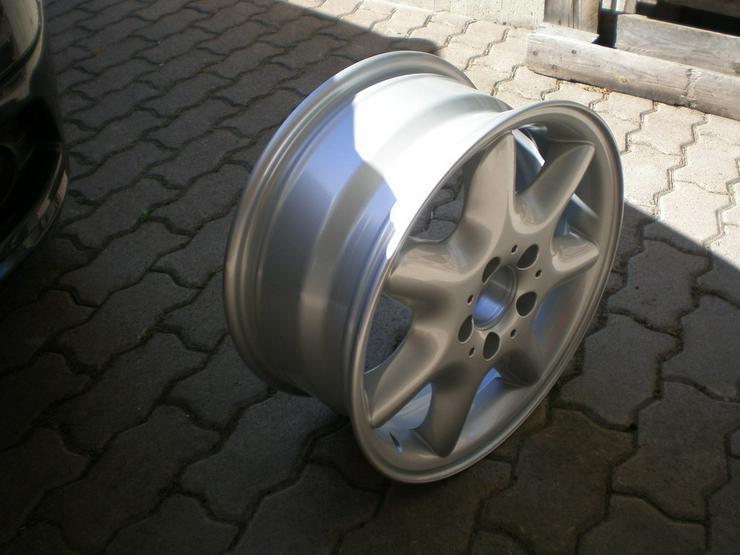 Bild 2: Neue Originalverpakte Mercedes Benz Alu Felge