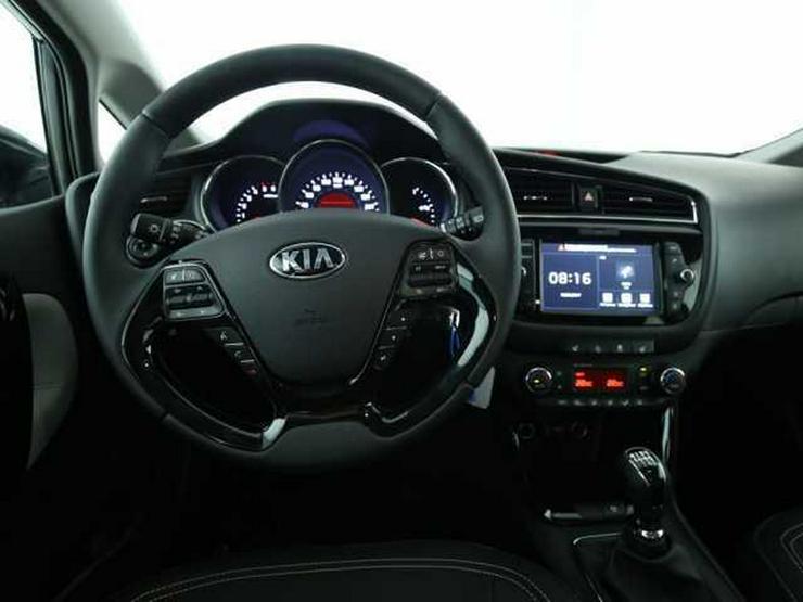 Bild 5: KIA cee'd Sportswagon SW 1.6CRDi Dream-Team Premium+