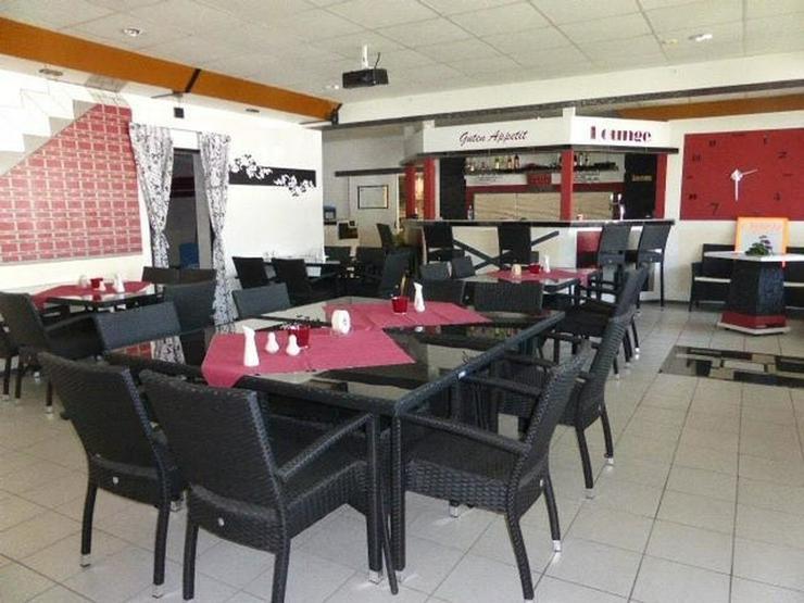 Lindlar - Industriepark ?Klause? - Gastronomie mit Perspektive und Aussicht: Treppchen... - Gewerbeimmobilie mieten - Bild 1