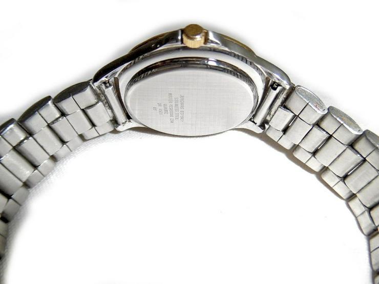 Bild 4: Armbanduhr von Junghans Solar 1