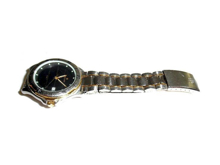 Bild 2: Armbanduhr von Junghans Solar 1