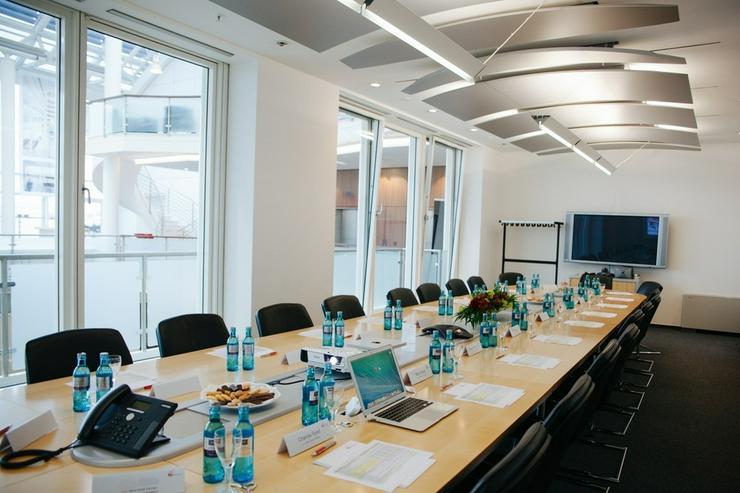 Bild 7: Flexible Büroeinheiten im Frankfurter Bankenviertel, Preise auf Anfrage