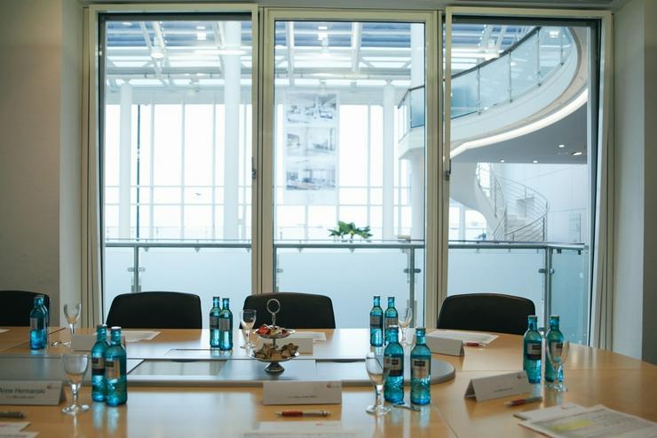 Bild 6: Flexible Büroeinheiten im Frankfurter Bankenviertel, Preise auf Anfrage