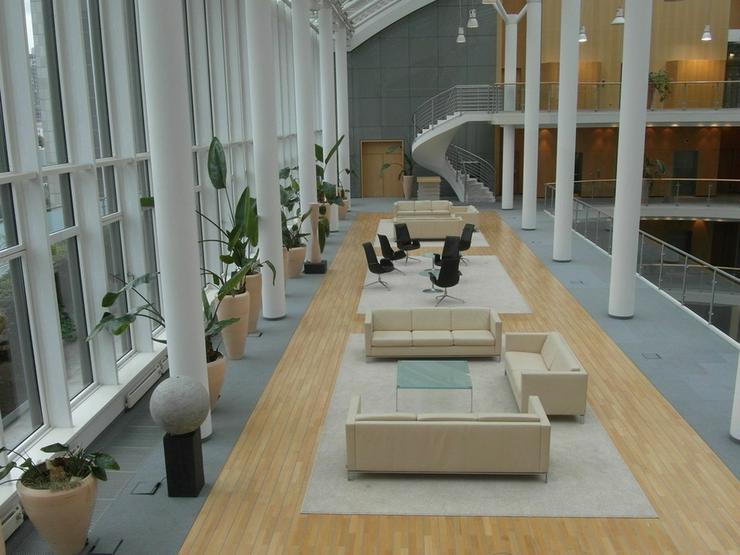 Bild 13: Flexible Büroeinheiten im Frankfurter Bankenviertel, Preise auf Anfrage