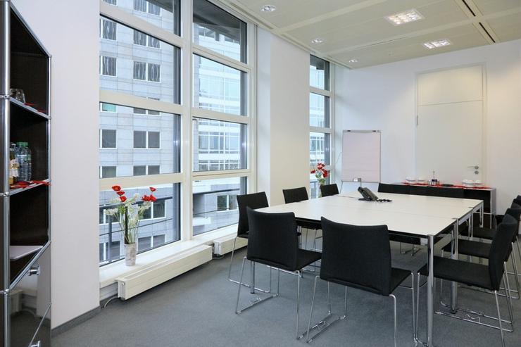 Bild 11: Flexible Büroeinheiten im Frankfurter Bankenviertel, Preise auf Anfrage