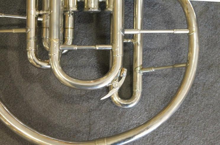 Bild 3: Kühnl & Hoyer F und Es - Mellophon mit Koffer