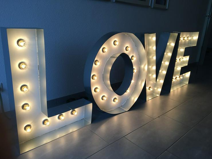 Bild 2: L.O.V.E Buchstaben Marquee Buchstaben Hochzeit