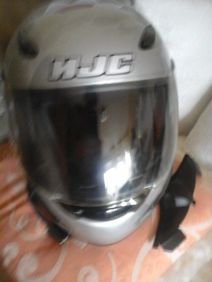 HJC ECE R 22-05 Motorradhelm - Kopfbedeckungen - Bild 1