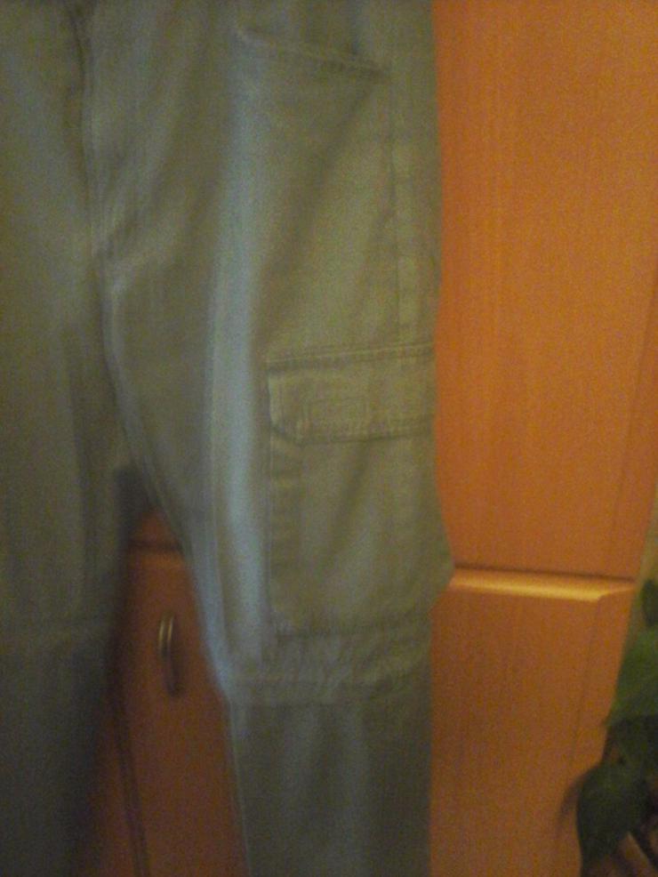 Bild 2: graue Hose