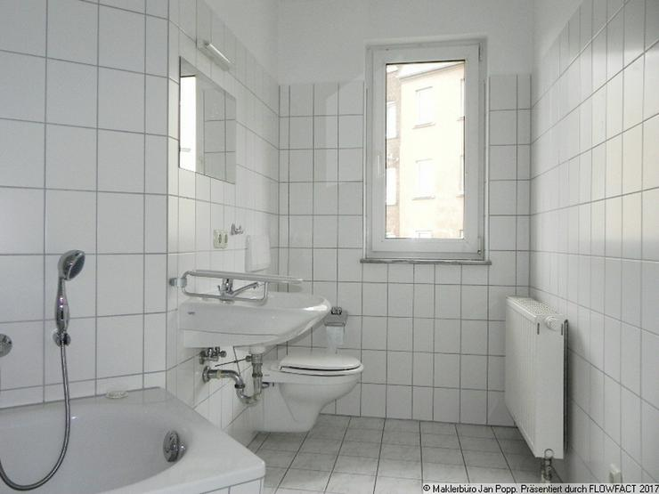 Bild 5: Zweiraumwohnung mit Einbauküche und Balkon