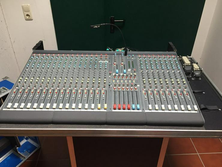 ALLEN & HEATH Live Mixer