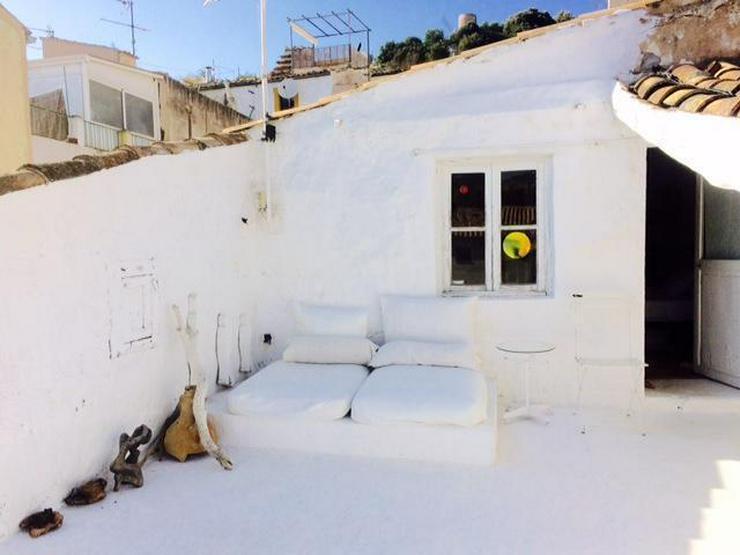 Bild 2: KAUF: Dorfhaus mit schöner Dachterrasse