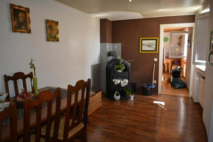 Bild 6: Einfamilienhaus (ca. 130 qm) mit Terrasse, Garage und kleinem Werkstatt ? in ruhig geleg...
