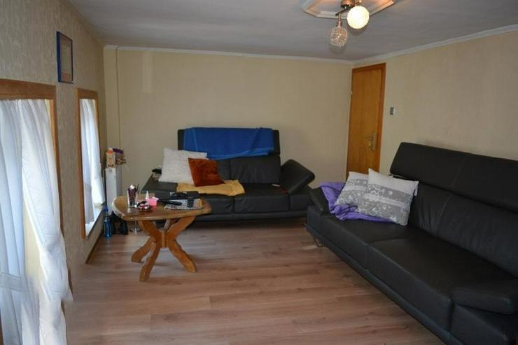 Bild 5: Einfamilienhaus (ca. 130 qm) mit Terrasse, Garage und kleinem Werkstatt ? in ruhig geleg...
