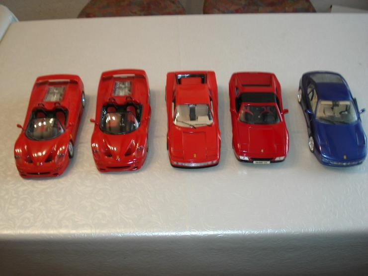 5 Modellautos 1:18 Ferrari Bastler Konvolut