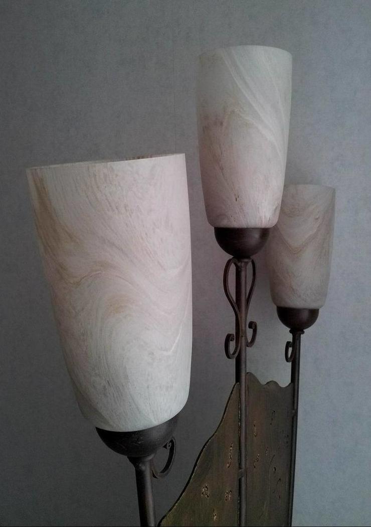 Bild 5: Stehlampe (Schmiedeeisen)