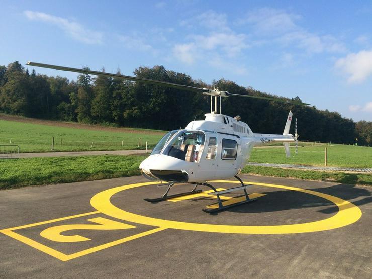 Helikopterflug in der Schweiz