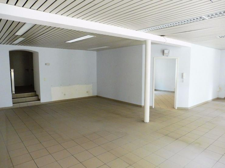 Bild 2: Bürofläche in Helmbrechts zu vermieten oder zu verpachten.