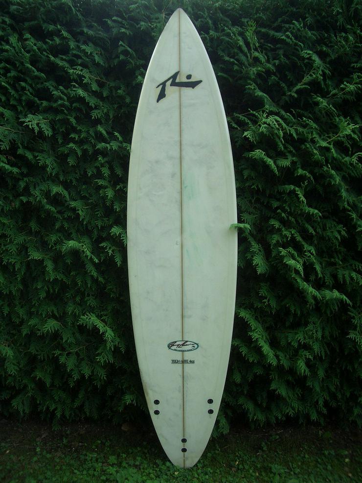 Eisbach Surfboard Wellenreiter by Greg Laurens