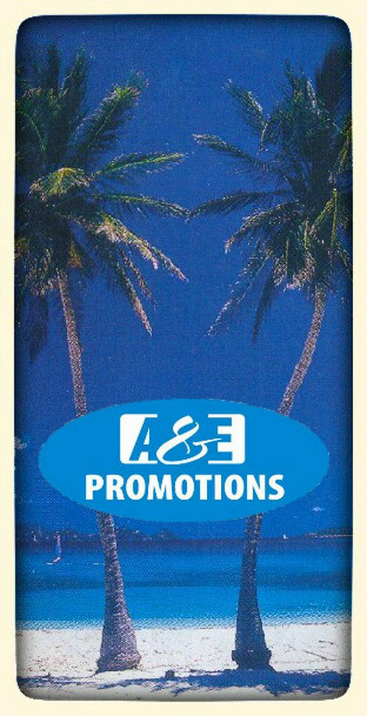 Bild 3: palmen felsen deko verleih beachparty deko