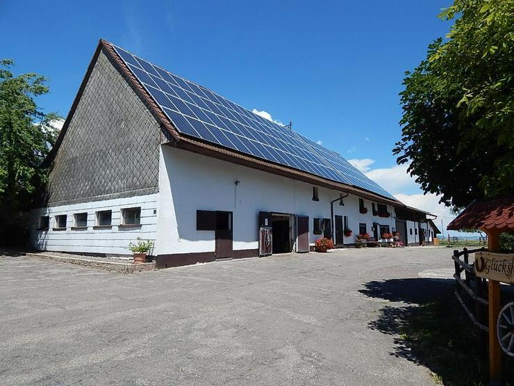 """Bild 3: Ist dieser schöne Bauernhof Ihr """"Glückshof""""?"""