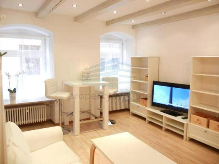 Sehr schön möblierte 2-Zi. Wohnung in bester Altstadt Lage - Bild 1