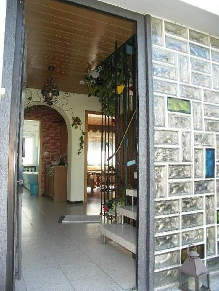Bild 5: Nähe Daun: Gemütliches 7 Zimmer EFH aus 1970 mit Garage und Garten in Natur naher Umgebu...