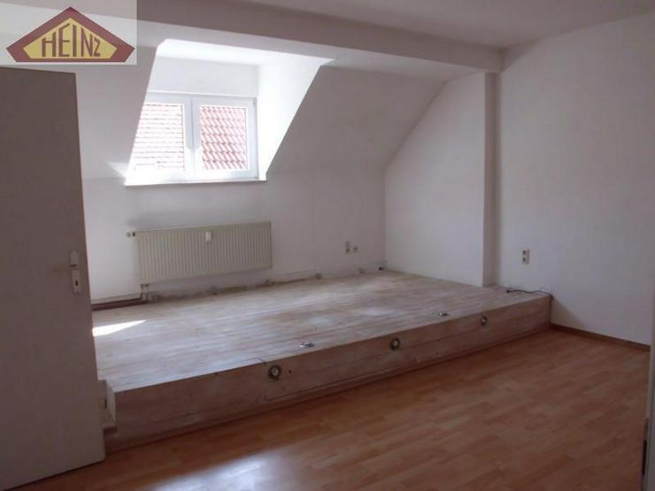 2 Raum Dachgeschoss-Wohnung - Bild 1