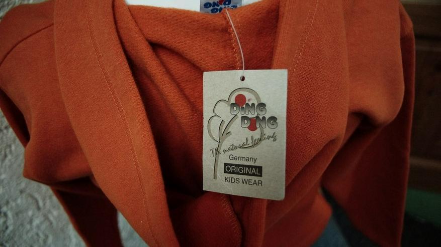 Bild 4: Sweatshirt m. Kapuze, Gr. 128, orange, NEU,
