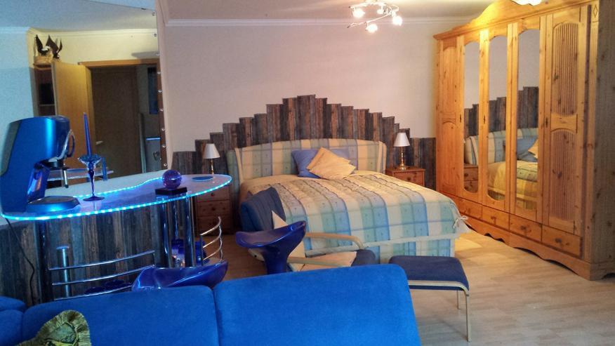 Bild 2: hochwertige möblierte Zimmer in optimaler Lage