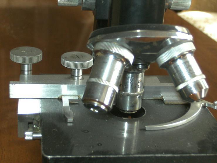 Bild 2: Mikroskop Ernst Leitz Wetzlar,