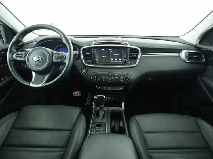 Bild 4: KIA Sorento 2.2 CRDi AWD Automatik Spirit Perf. Navi