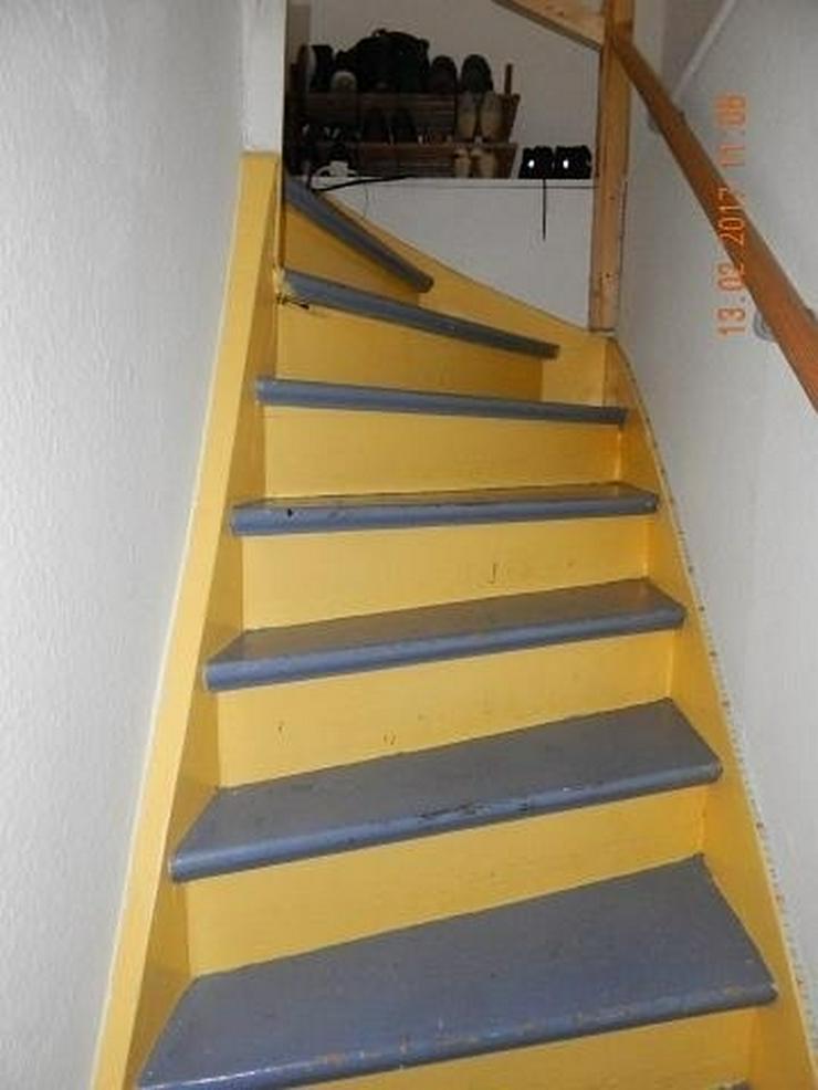 Bild 11: LONGKAMP: Viele Zimmer 9 Zimmer und viel Platz (ca. 180 qm) in Ortslage mit Terrasse & Ste...