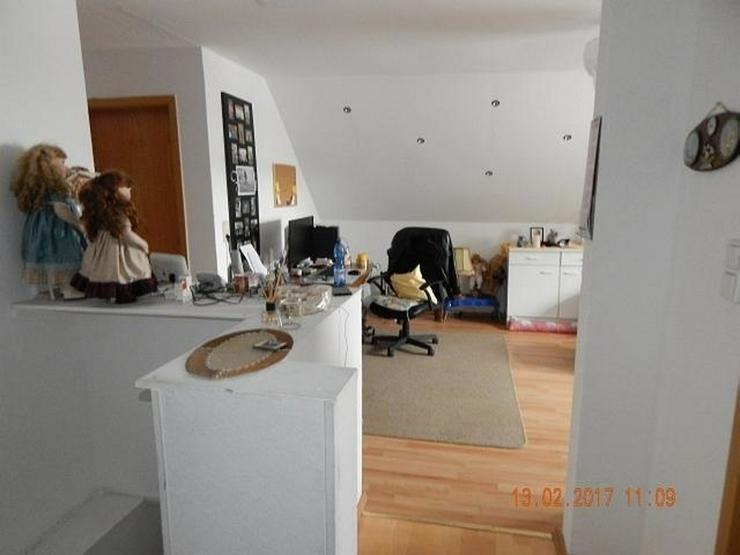 Bild 8: LONGKAMP: Viele Zimmer 9 Zimmer und viel Platz (ca. 180 qm) in Ortslage mit Terrasse & Ste...