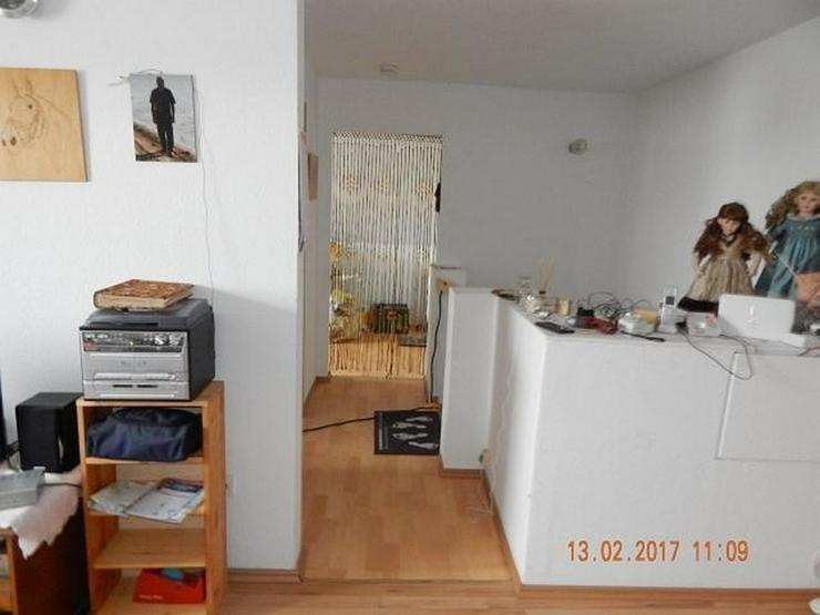 Bild 9: LONGKAMP: Viele Zimmer 9 Zimmer und viel Platz (ca. 180 qm) in Ortslage mit Terrasse & Ste...