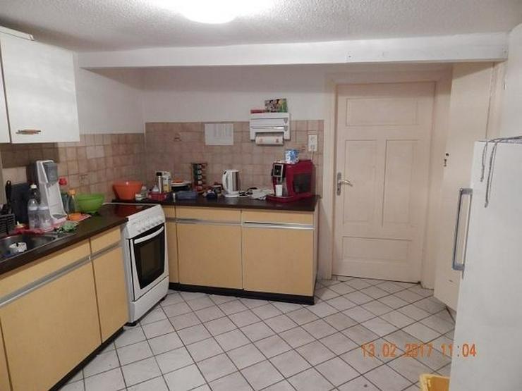Bild 4: LONGKAMP: Viele Zimmer 9 Zimmer und viel Platz (ca. 180 qm) in Ortslage mit Terrasse & Ste...