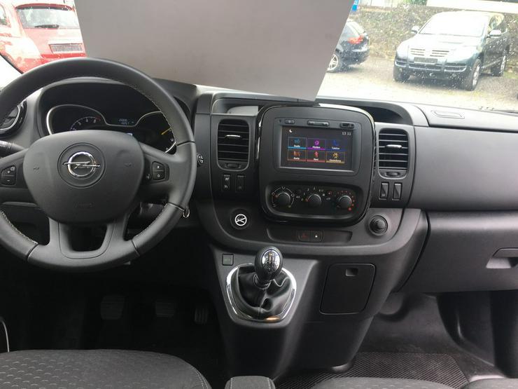 Bild 7: Opel Vivaro B 1.6  L2H1 9 Sitzer