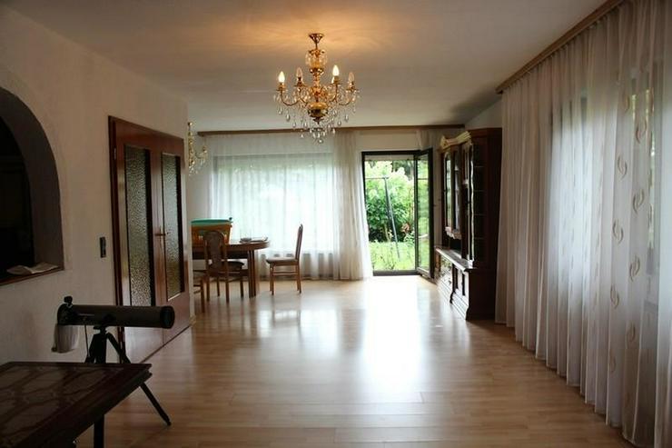 Bild 2: St. Goar - Einfamilienhaus mit Wohnung und Garage in ruhiger Lage! - von Schlapp Immobilie...