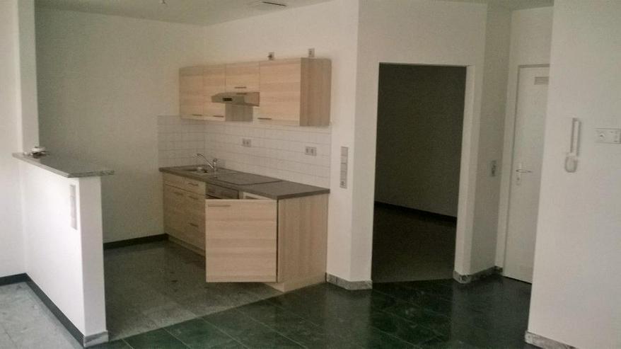 Barrierefreie Singlewohnung mit großer Einbauküche - Wohnung mieten - Bild 1