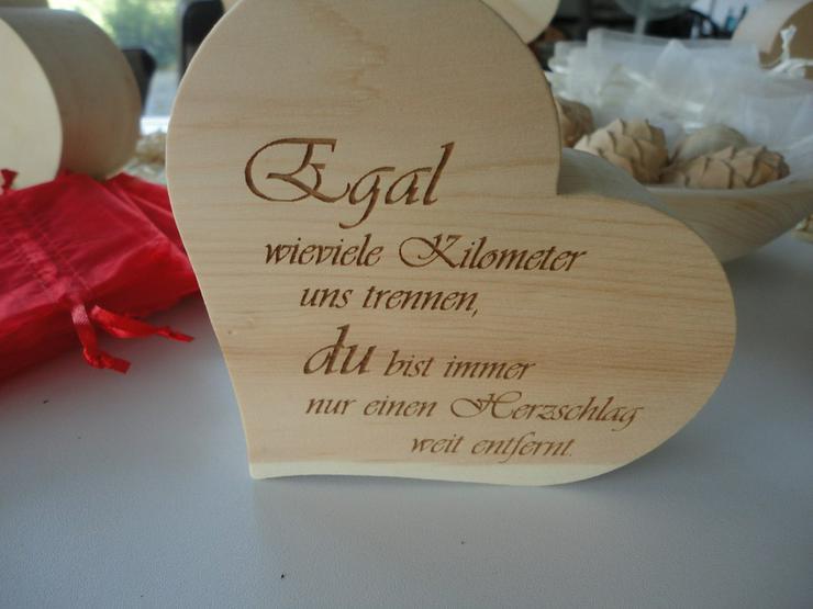 Bild 3: Dekoatikel aus Zirbenholz   handgearbeitet