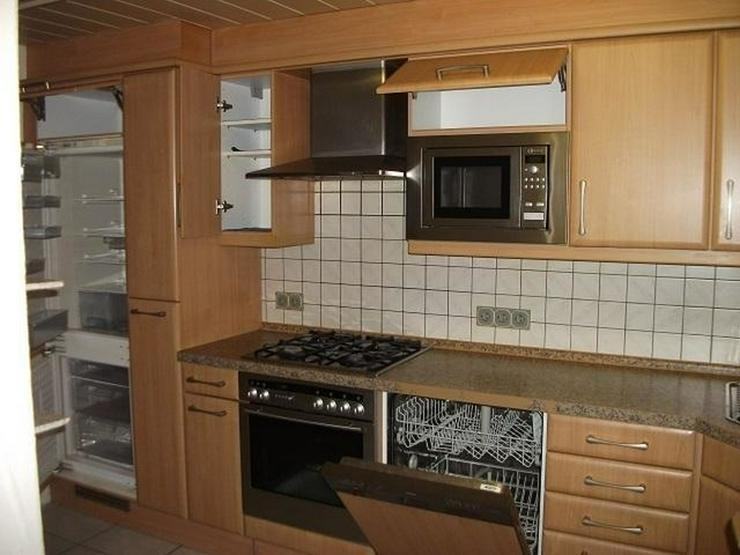 Bild 6: Homburg O.T. - Der Platz am Kachelofen ist schon reserviert - Das neues Zuhause auf 170 qm...