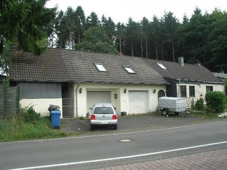 Neuheilenbach Eifel Kleines Wohnhaus Doppelgarage