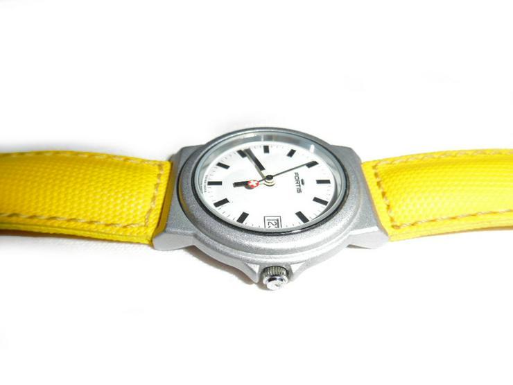 Bild 3: Sportliche Armbanduhr von Fortis