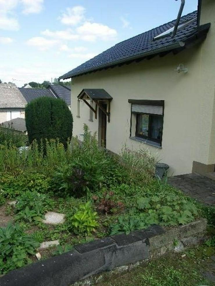 Bild 6: Waldnah und ruhig in der Vulkaneifel bei Utzerath EFH 4 Zimmer 1 Garage Gepflegter großer...