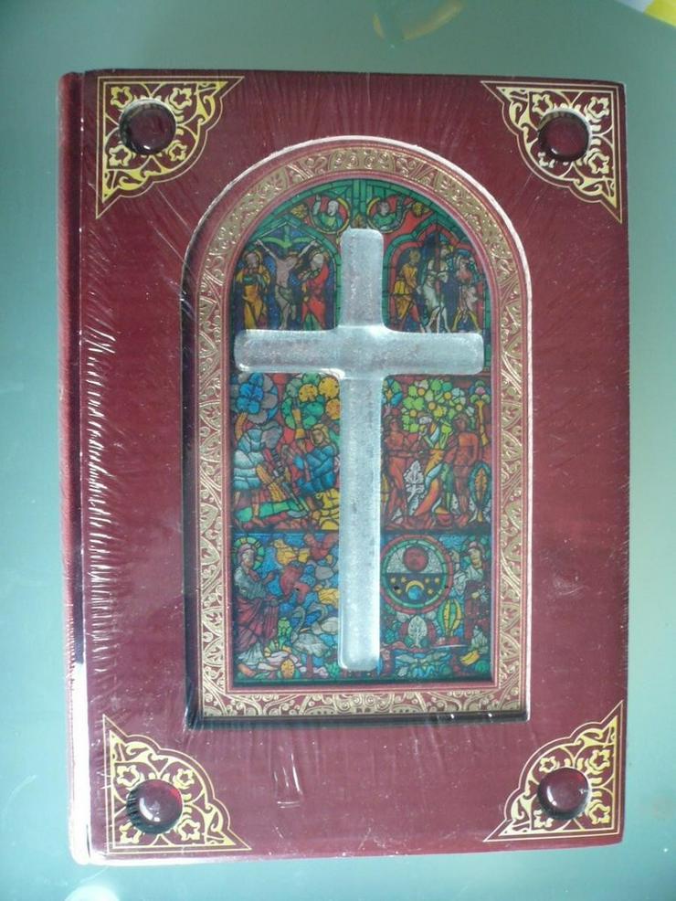 Bildband der Kirchenfenster
