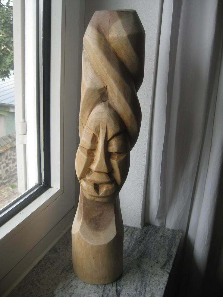 Holzfigur aus Kenia