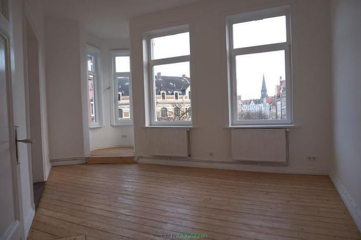 Altbau, Holzdielen und Lister Meile - Wohnung kaufen - Bild 1
