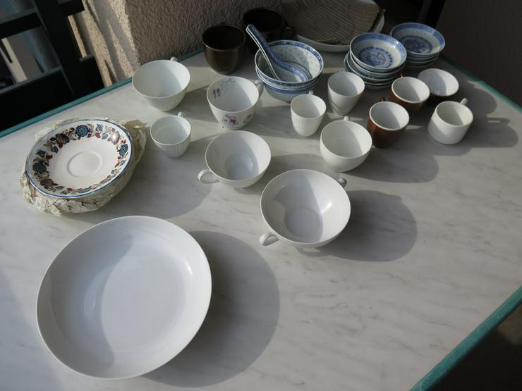 Konvolut Porzellan - 31 div. Teile aus Nachlass - Geschirr & Wandteller - Bild 1
